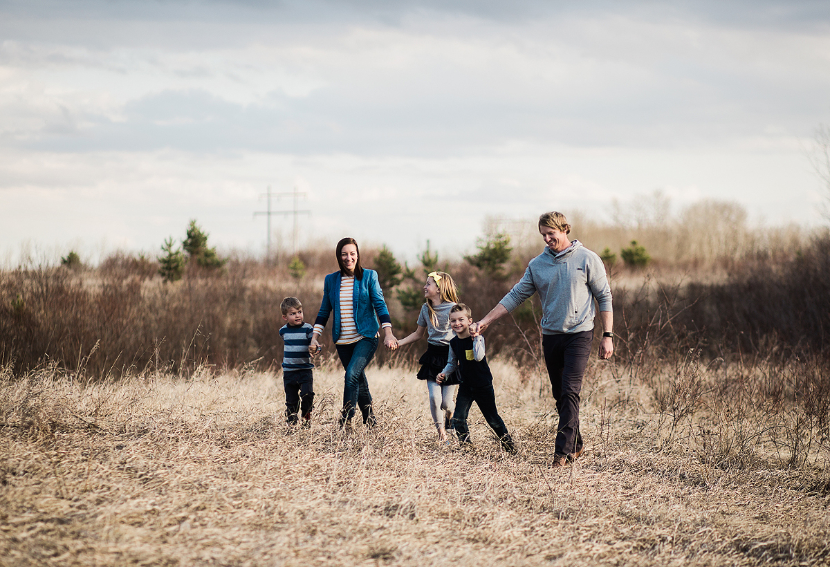 Sarah Rolles Photography - Family in Prince Albert Saskatchewan